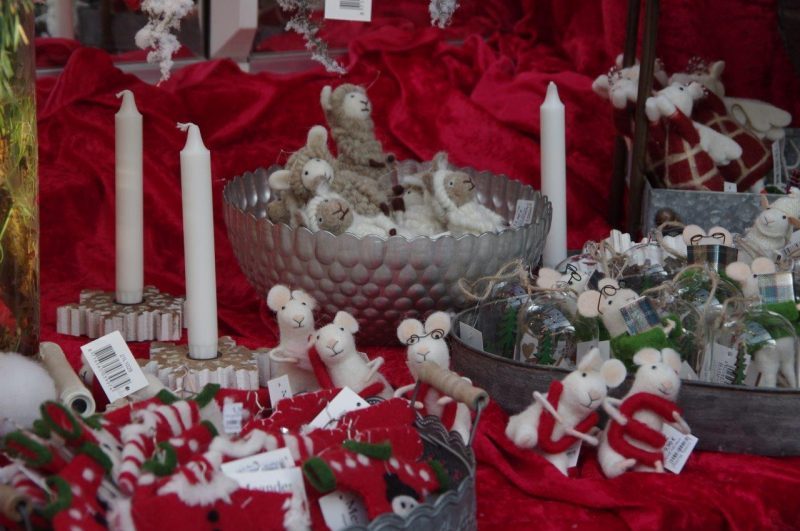 Rot ist die Liebe © Isabelle van GroeningenRot ist die Liebe © Isabelle van Groeningen