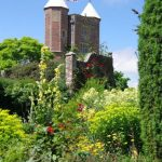 Sissinghurst Cottage Garden © Isabelle van Groeningen