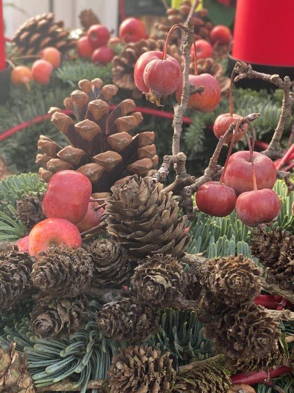 Kranzen Adventsmarkt © Isabelle Van Groeningen