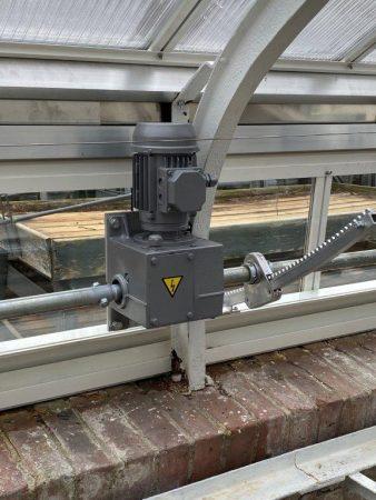 Automatische Ventilation im Gewächshaus © Isabelle Van Groeningen